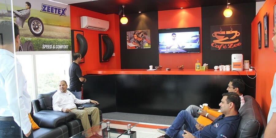 Cafe-Zee-Launch2.jpg